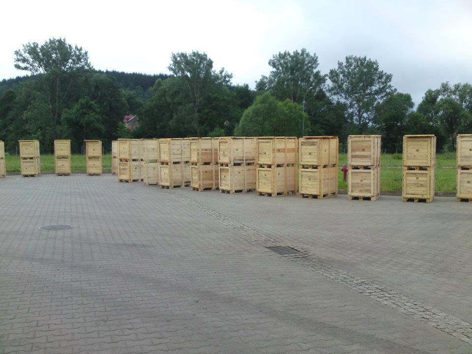 Fumigacja skrzyń drewnianych na eksport